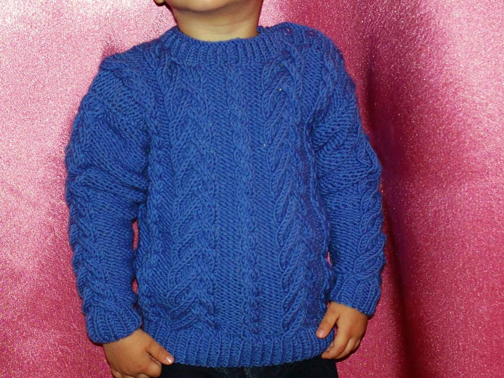 Вязание детского свитера с объёмными косами